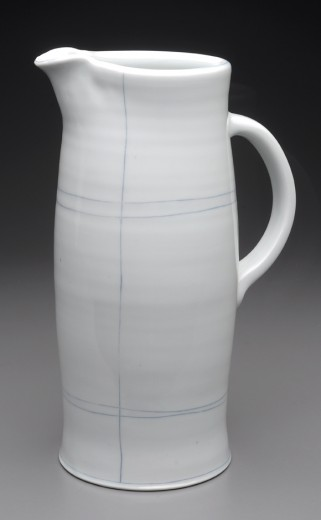 Pitcher porcelain