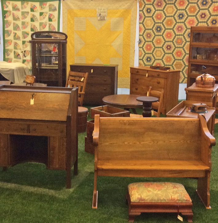 Ottawa_Antique_and_Vintage_Market_dovetail_sq.jpg
