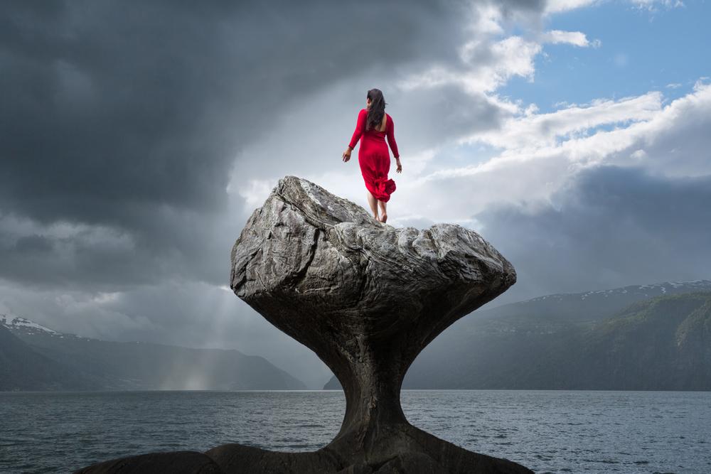Red dress, Kannesteinen, Norway