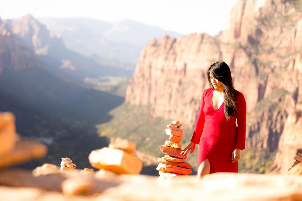 Red dress, Angel´s Landing