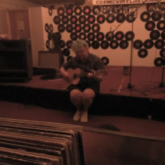 Noah Eagle live at #cosmicvinyl