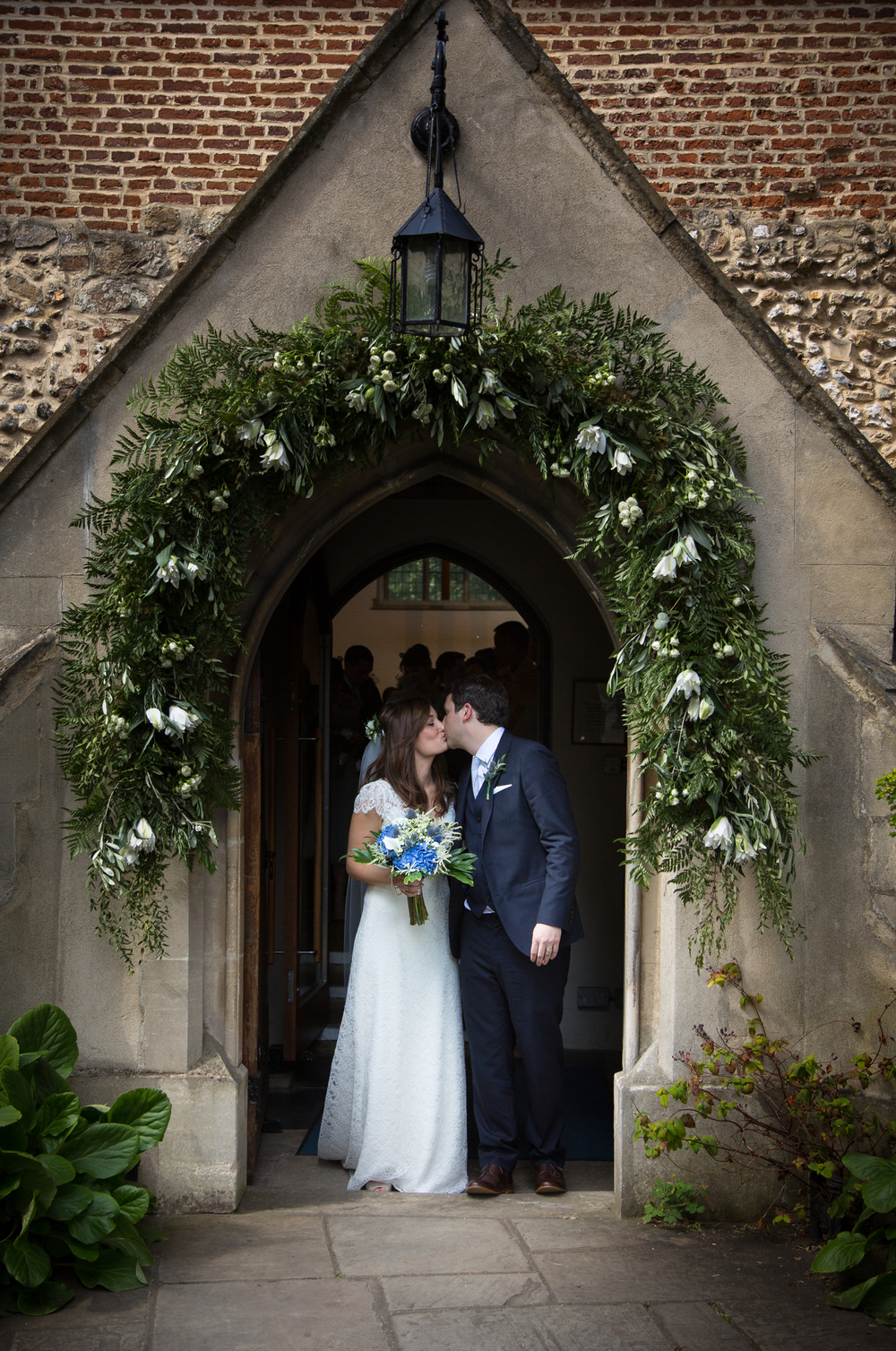 st-mary's-church-barnes-london-uk-destination-wedding-photography-Adam-Rowley