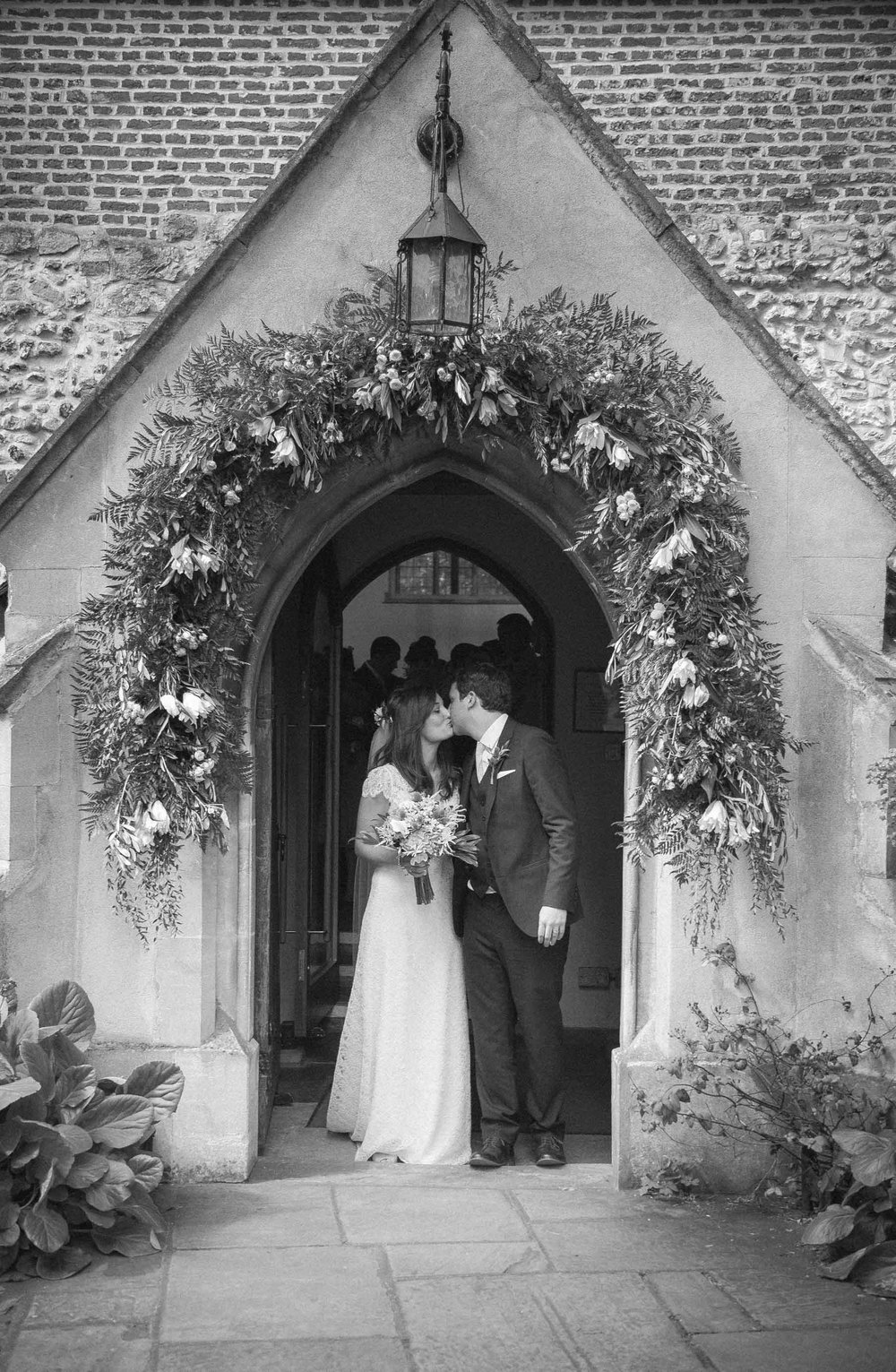 barnes-wedding-adam-rowley-photographer-st-mary's-church-2