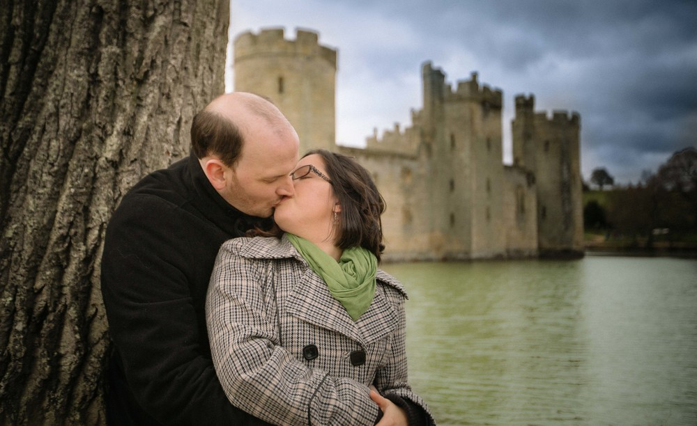 bodiam-castle-wedding-engagement-photography-9
