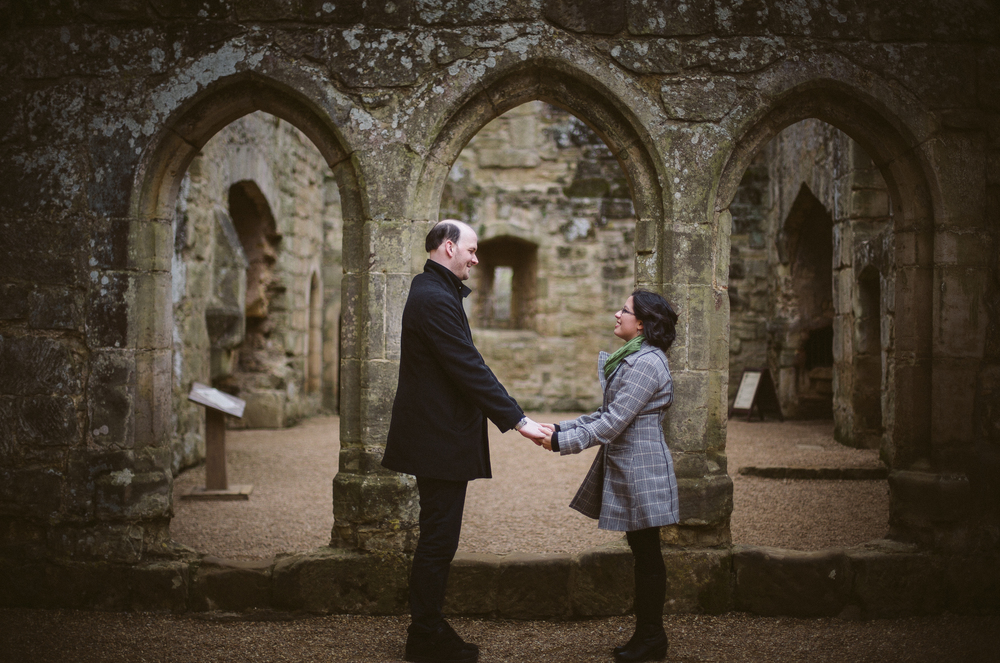 bodiam-castle-wedding-engagement-photography-15