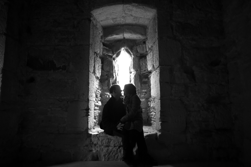 bodiam-castle-wedding-engagement-photography-19