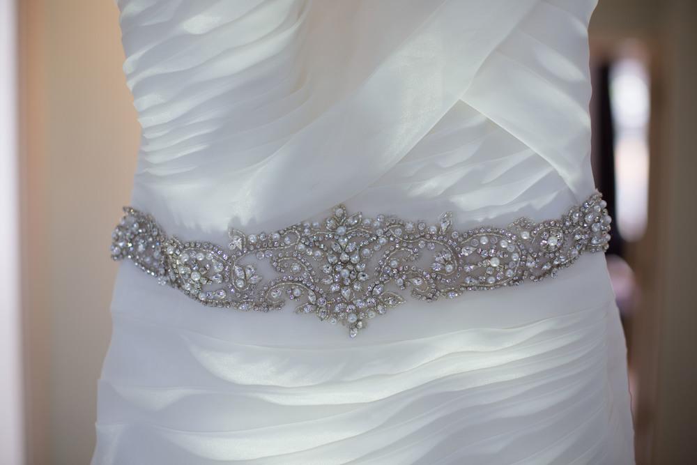 Essex-countryside-wedding-summer-dress-details