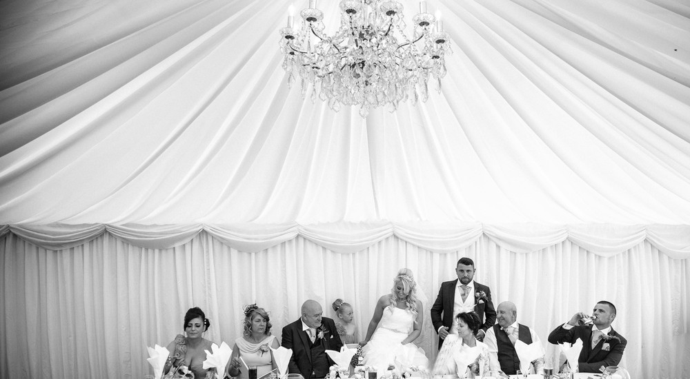 Essex-countryside-wedding-summer-top-table