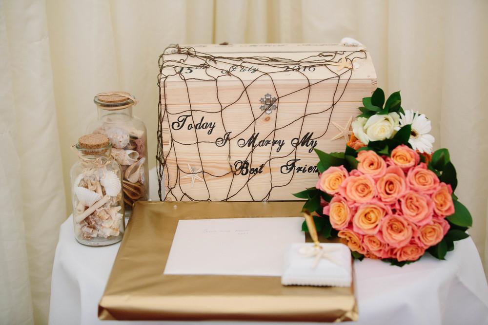 Essex-countryside-wedding-summer-details