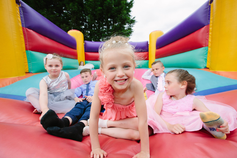 Essex-countryside-wedding-summer-kids-fun-2