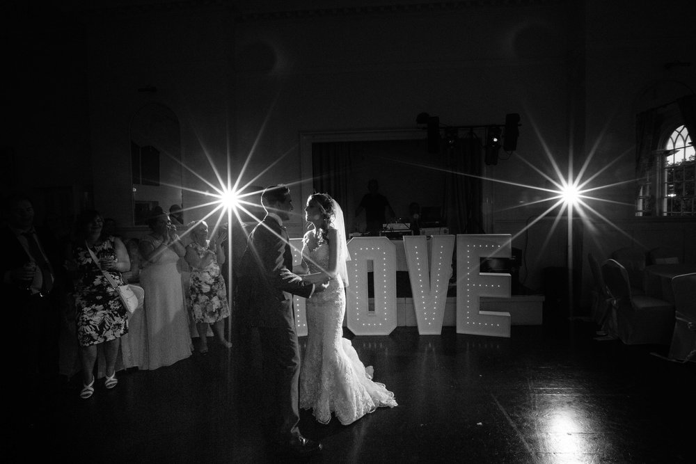 St-Mary's-church-Hitchin-herfordshire-wedding-first-dance