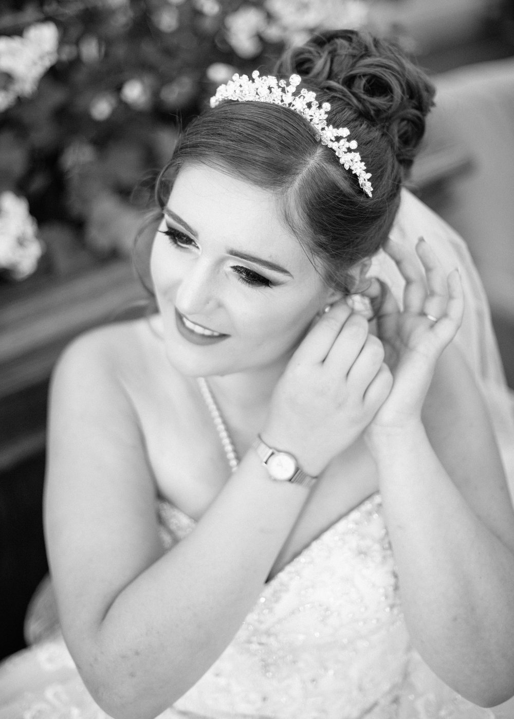 HamptonCourt-Wedding-Weybridge-Surrey-London-OatlandsParkHotel-17
