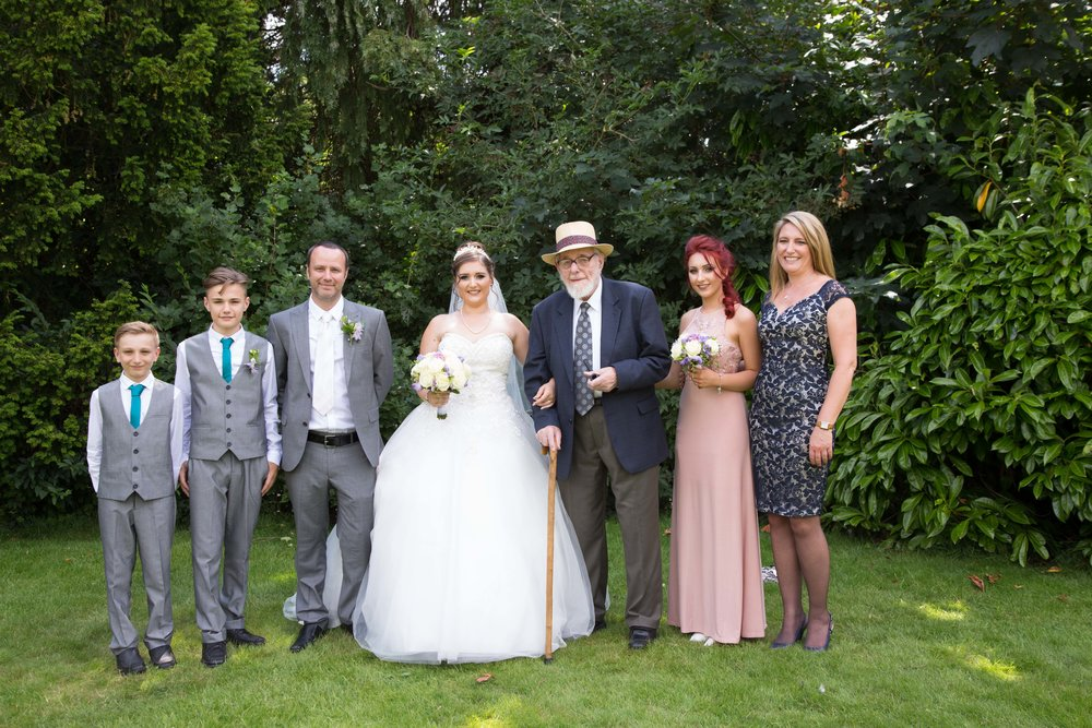 HamptonCourt-Wedding-Weybridge-Surrey-London-OatlandsParkHotel-33