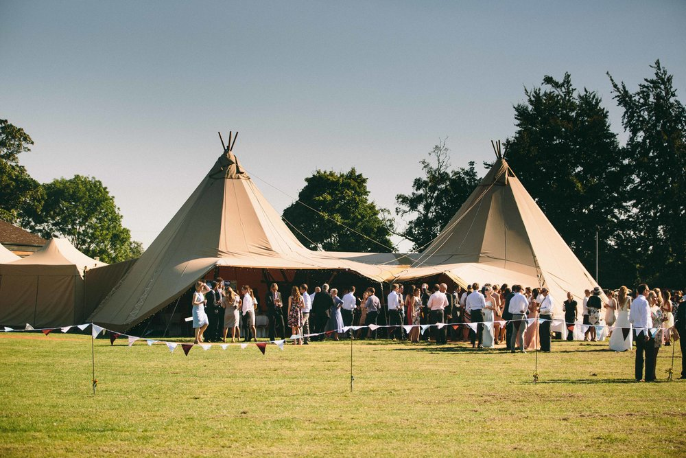 bedfordshire-tipi-rustic-summer-wedding-delirious-57