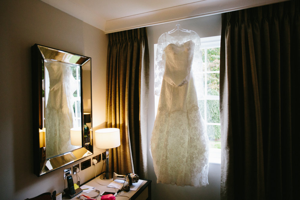 surrey-ascot-royal-berkshire-hotel-autumn-wedding-dress-5