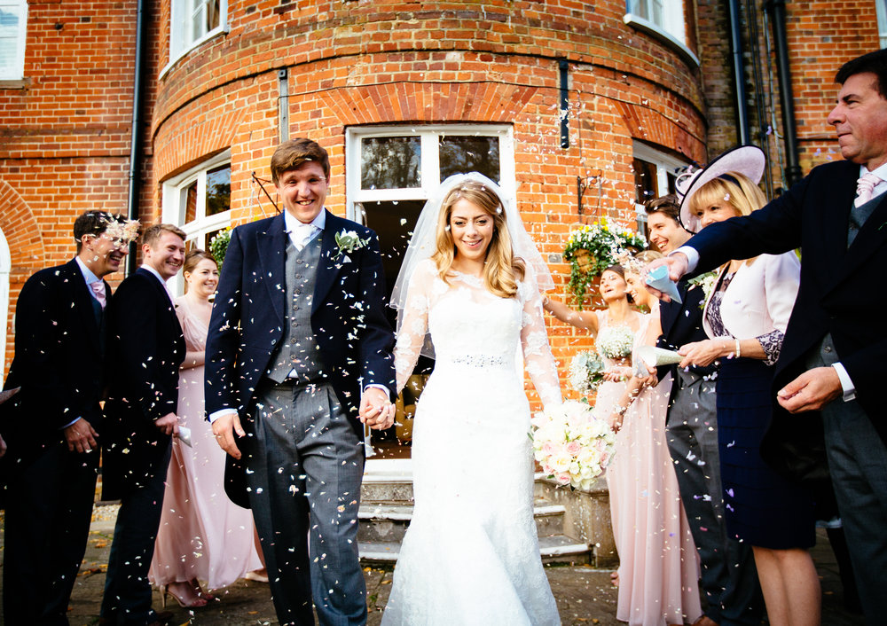 surrey-ascot-royal-berkshire-hotel-autumn-wedding-confetti-1