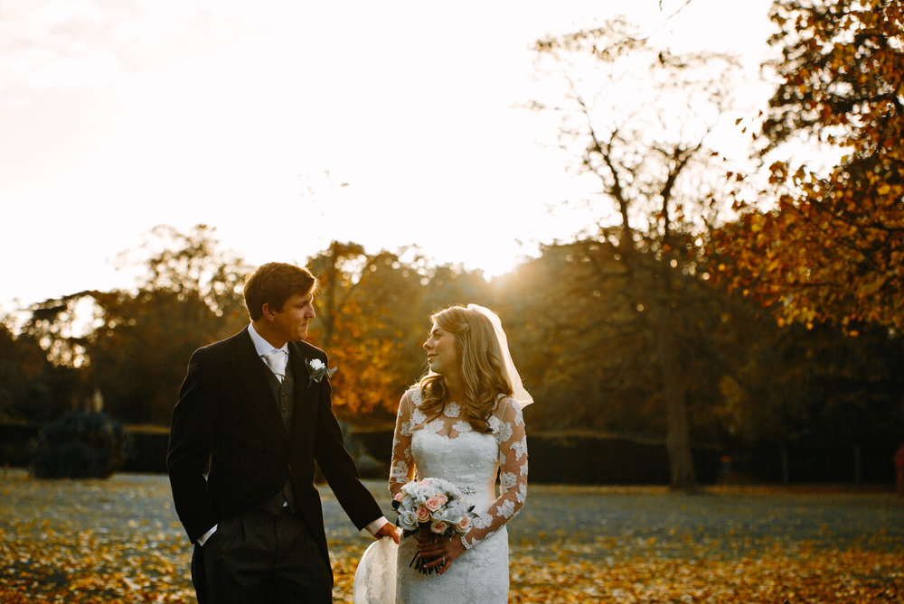 surrey-ascot-royal-berkshire-hotel-autumn-wedding-group-35