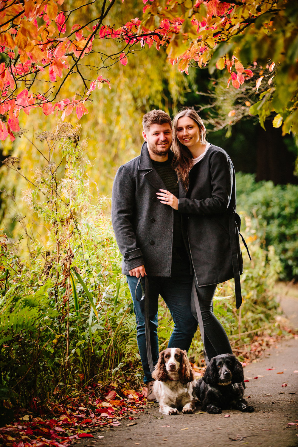 scotney-castle-engagement-sussex-wedding-photography-dogs-01
