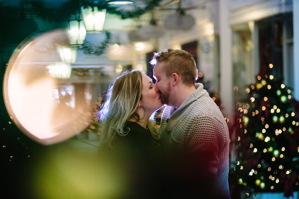 Piccadilly-west-end-christmas-lights-london-engagement-wedding-photography-02