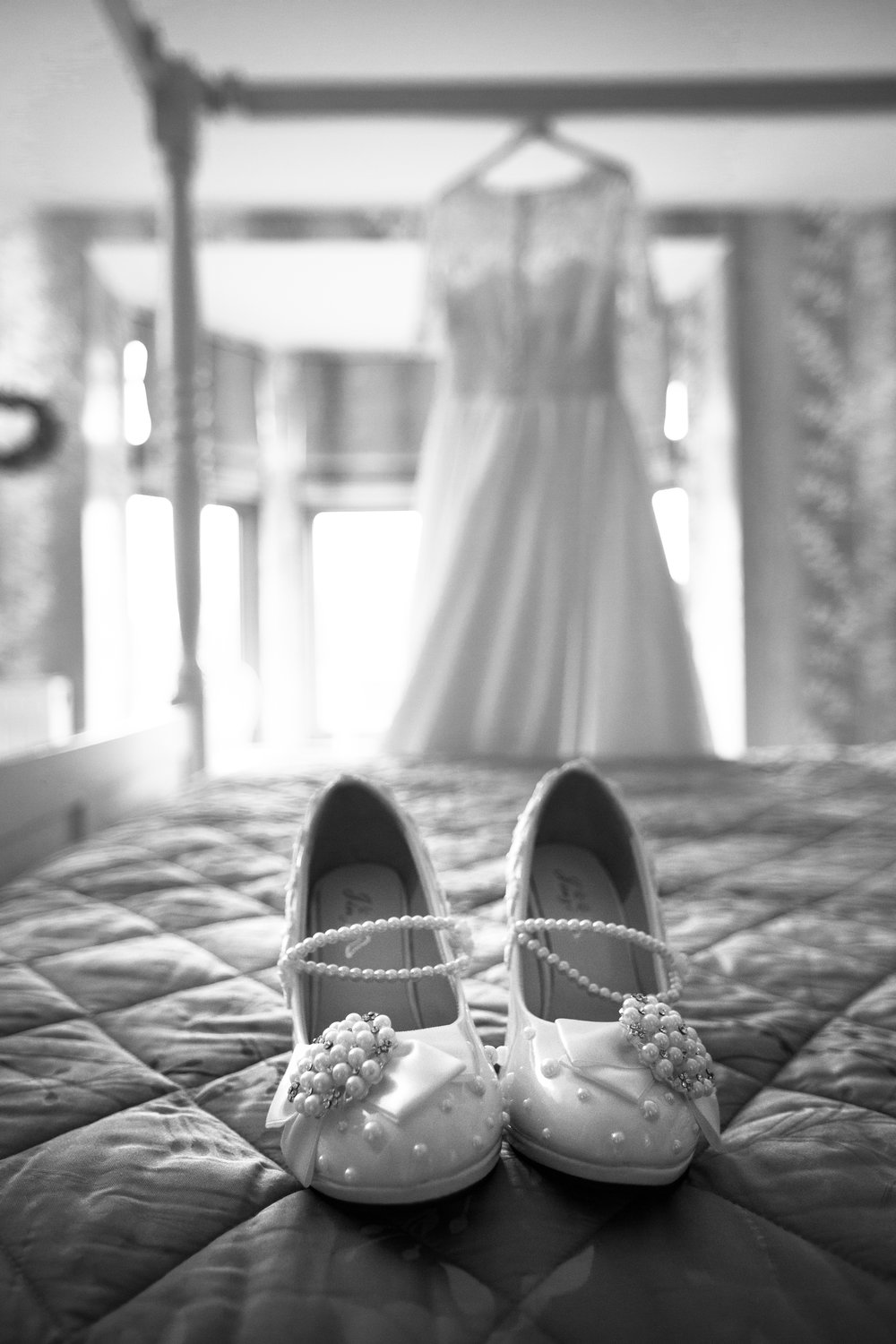Sussex-winter-wedding-photography-southdowns-manor-dress-8
