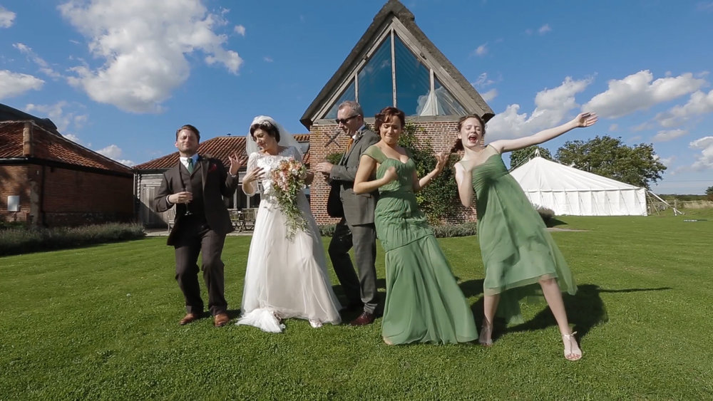 marryoke-norfolk-wedding-videography-performing-7