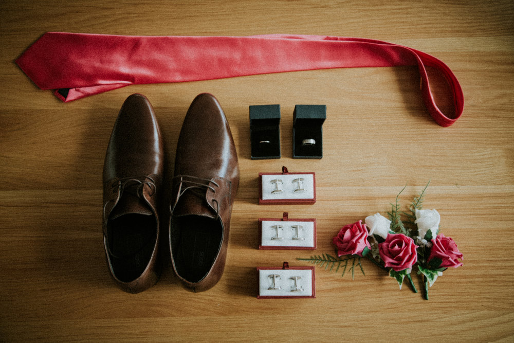 tunbridge-wells-wedding-photography-kent-london-groom-prep-4