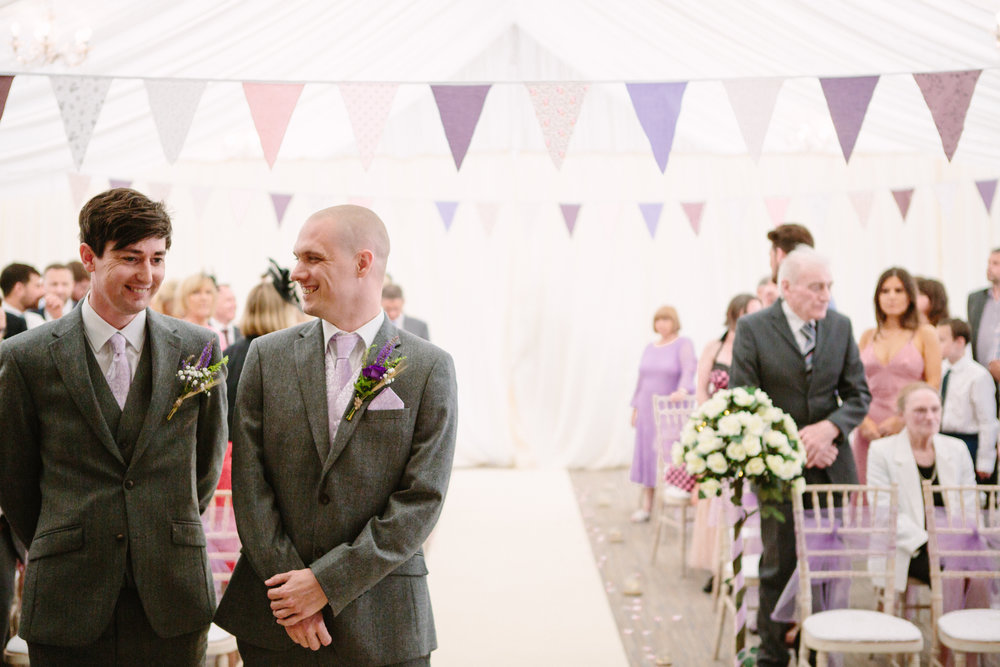 cotswalds-chipping-norton-oxfordshire-london-wedding-photography-bridal-prep-16