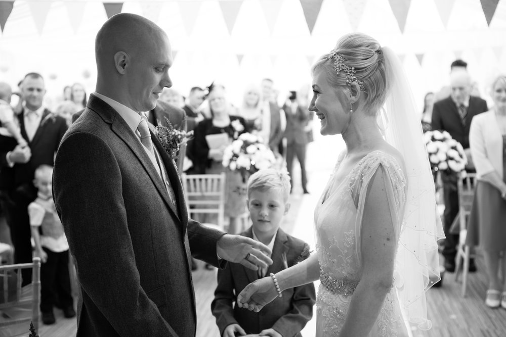 cotswalds-chipping-norton-oxfordshire-london-wedding-photography-22