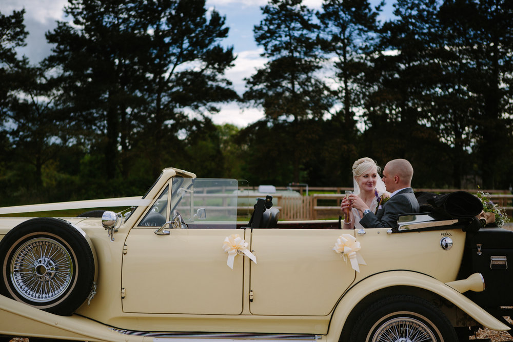 cotswalds-chipping-norton-oxfordshire-london-wedding-photography-portrait-classic-car-32