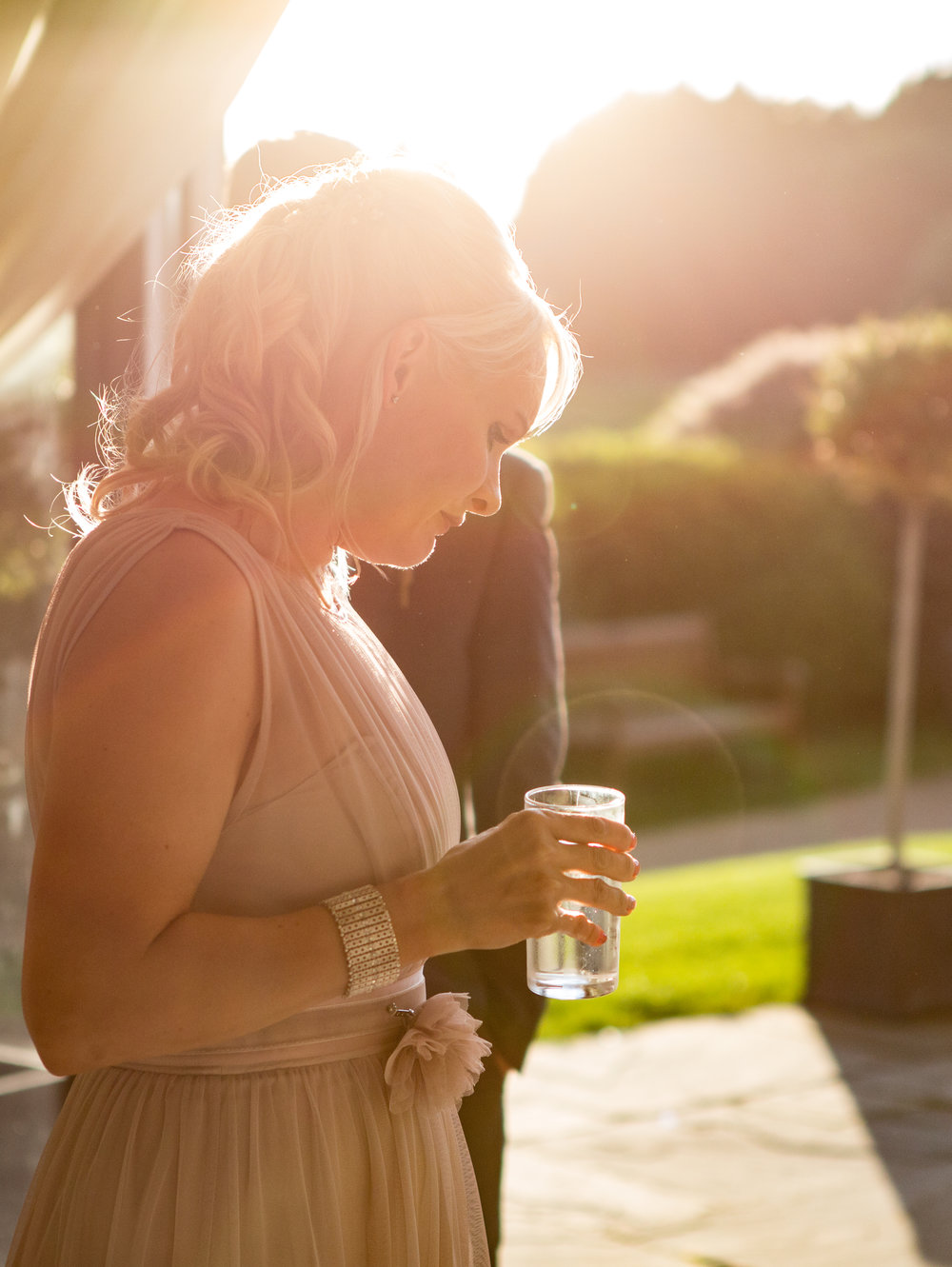 cotswalds-chipping-norton-oxfordshire-london-wedding-photography-reception-sunset-41
