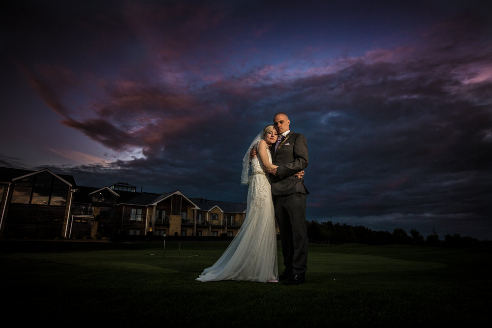 cotswalds-chipping-norton-oxfordshire-london-wedding-photography-bridal-portrait-sunset-45