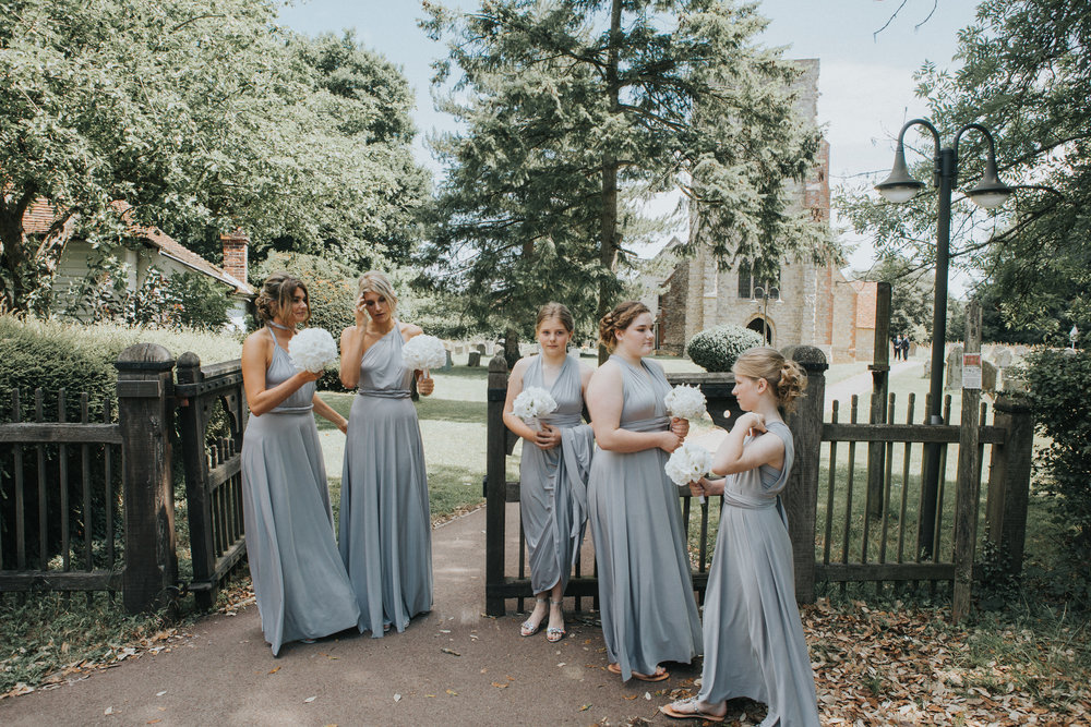 kent-wedding-photography-kingsnorth-bridesmaids-chruch-25