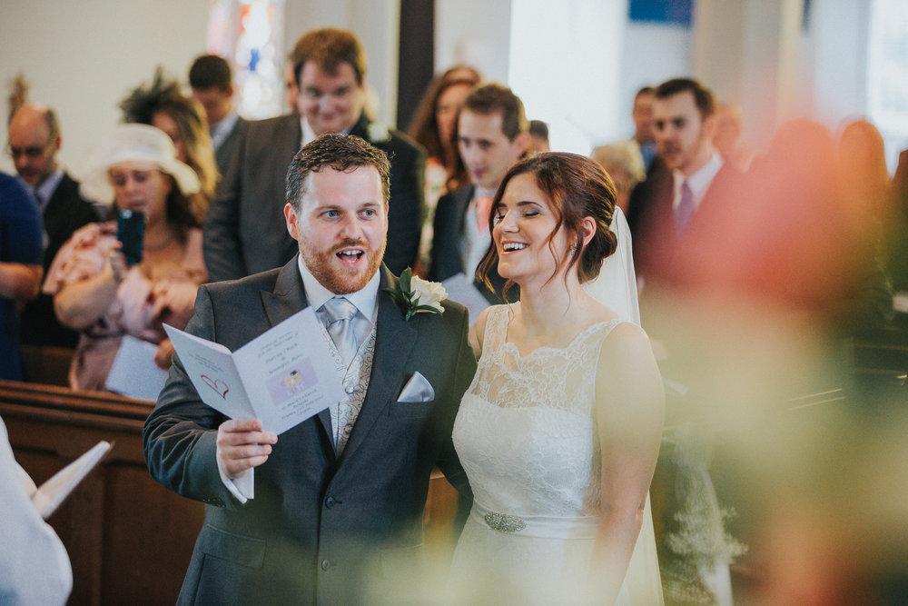 reigate-surrey-london-wedding-photography-singing-37