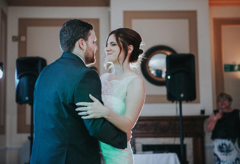 reigate-surrey-london-wedding-photography-group-formal-shot-reception-woldingham-golf-club-bridal-portrait-first-dance-109