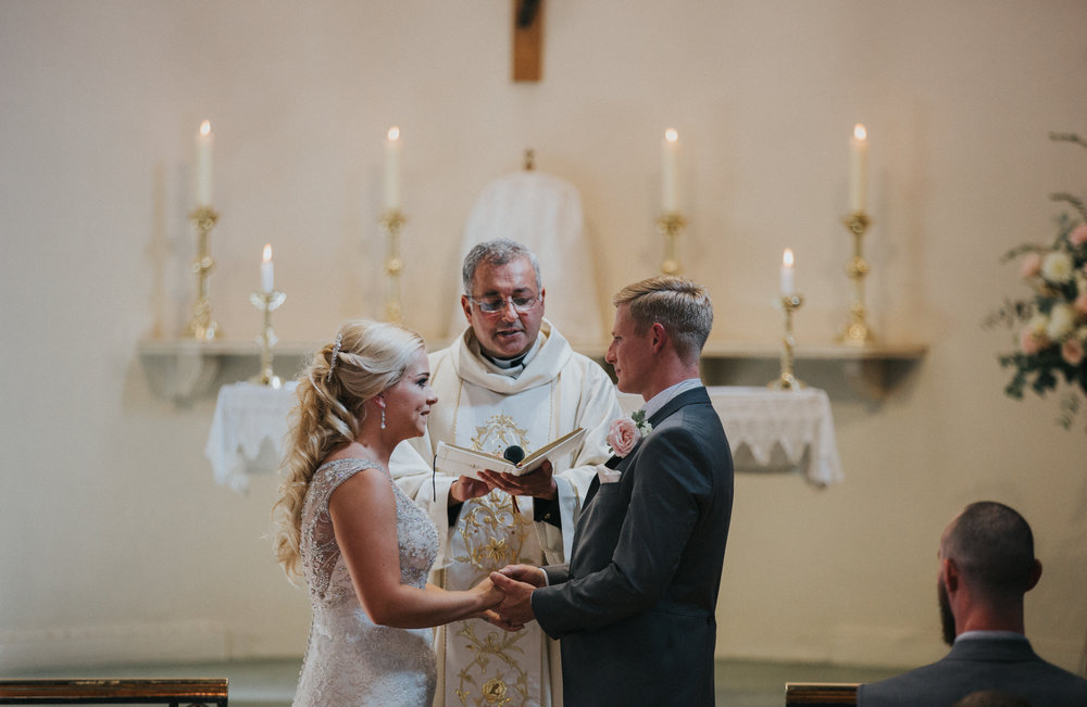 hitchin-hertfordshire-london-wedding-photography-catholic-ceremony-28