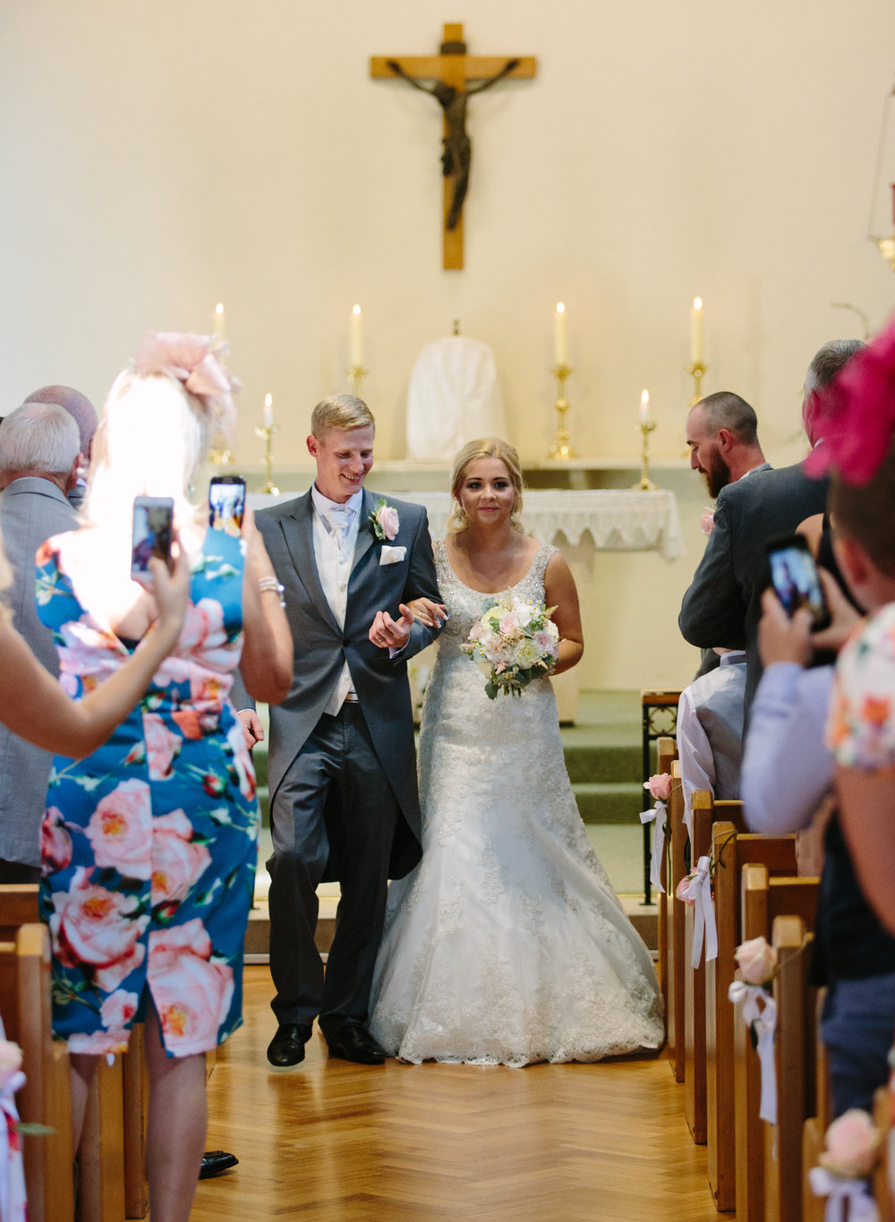 hitchin-hertfordshire-london-wedding-photography-catholic-ceremony-33