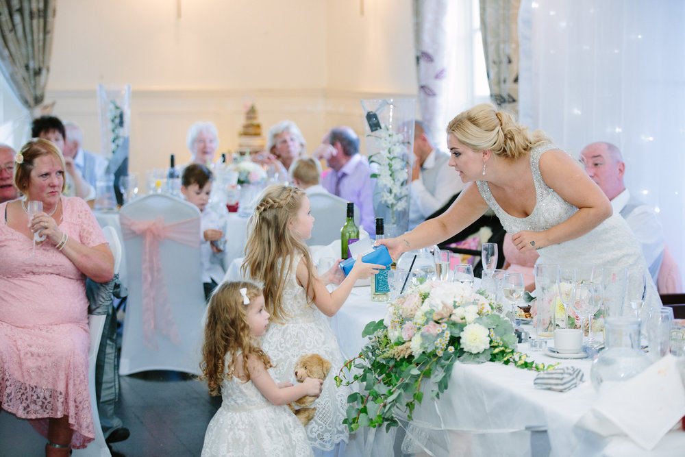 hitchin-hertfordshire-london-wedding-photography-catholic-church-sun-inn-reception-50