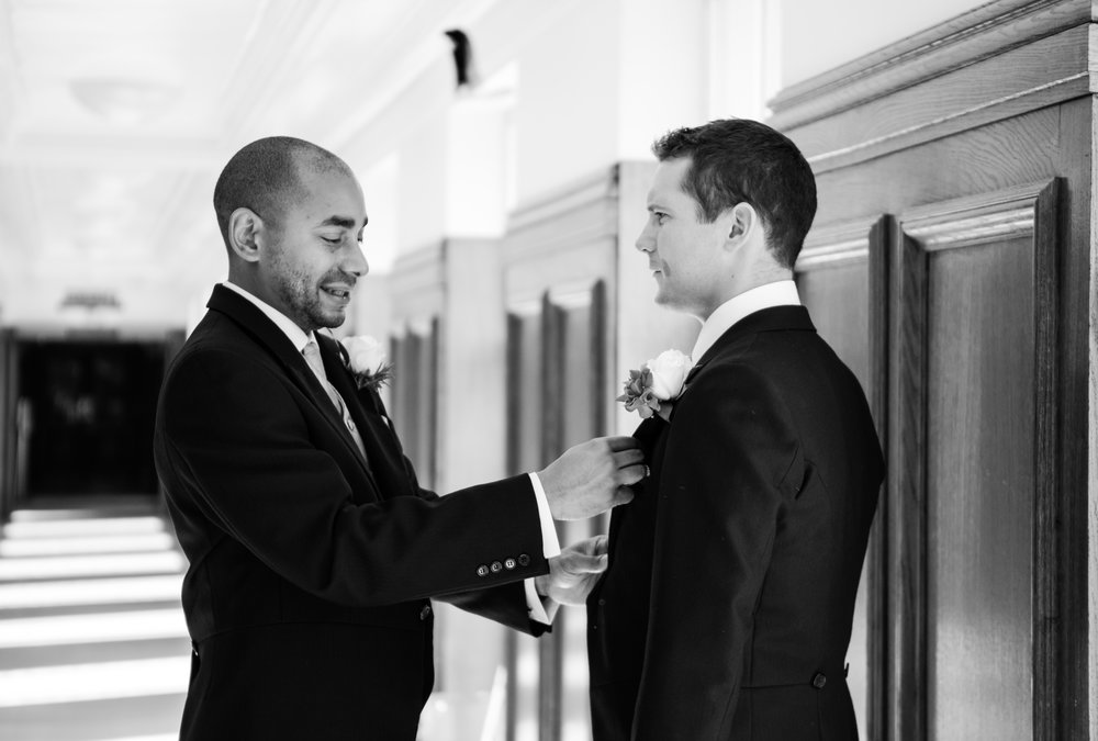 london-wedding-photography-wimbledon-wandsworth-town-hall-registry-groom-prep-16
