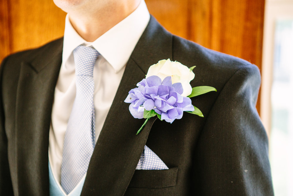 london-wedding-photography-wimbledon-wandsworth-town-hall-registry-groom-prep-17