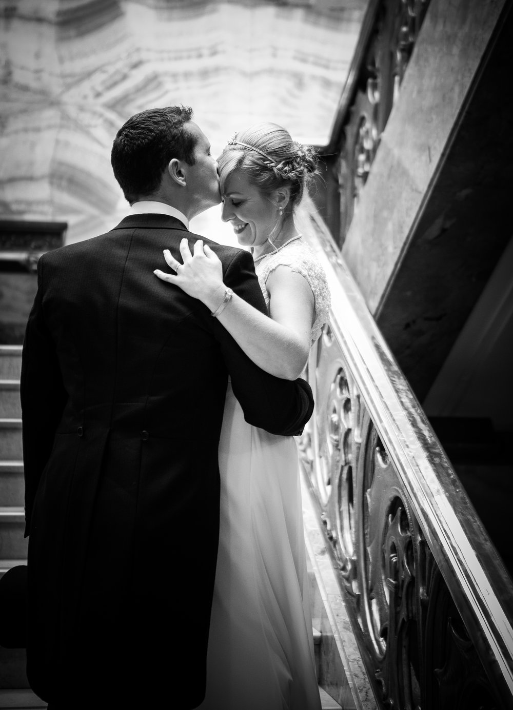 london-wedding-photography-wimbledon-wandsworth-town-hall-savoy-hotel-couple-portrait-56