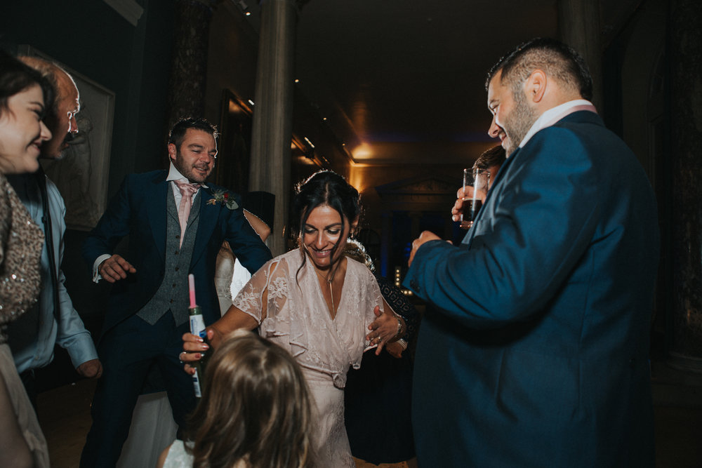 london-bedfordshire-uk-wedding-photography-woburn-sculpture-gallery-dancing-party-701