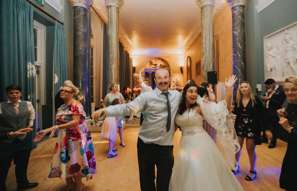 london-bedfordshire-uk-wedding-photography-woburn-sculpture-gallery-dancing-party-89