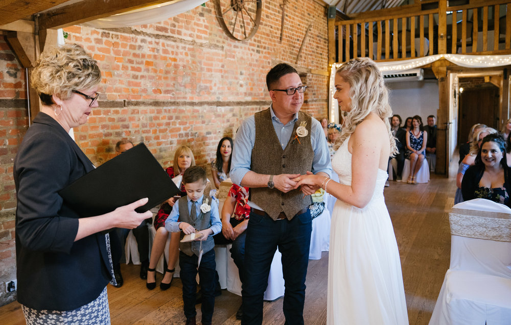 wedding-photography-tewinbury-farm-barn-hertfordshire-london-16