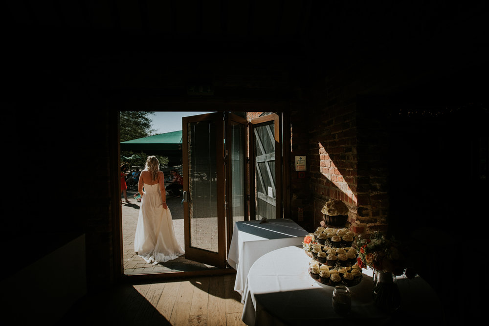 wedding-photography-tewinbury-farm-barn-hertfordshire-london-43