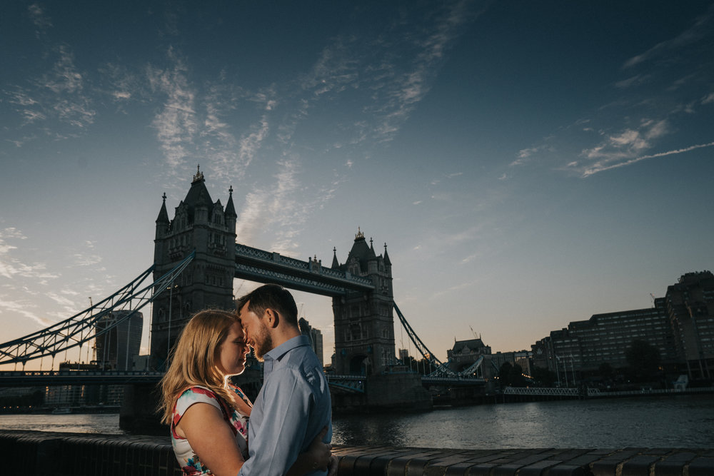 tower-bridge-sunset-engagement-wedding-london-photography-videography-16