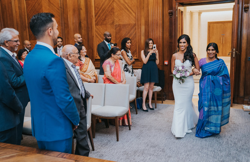 anglo-asian-hindu-civil-wedding-photography-videography-london-portrait-marylebone-old-town-hall-24