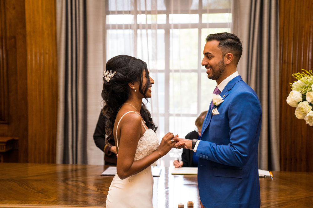 anglo-asian-hindu-civil-wedding-photography-videography-london-portrait-marylebone-old-town-hall-30