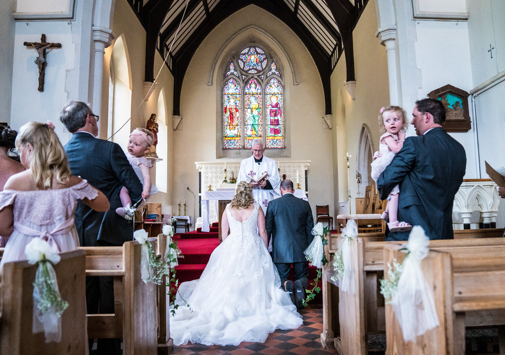 hampshire-selsey-london-wedding-photography-videography-marquee-church-31