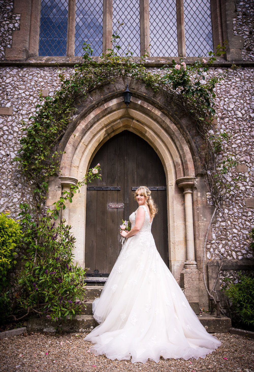 hampshire-selsey-london-wedding-photography-videography-marquee-church-37