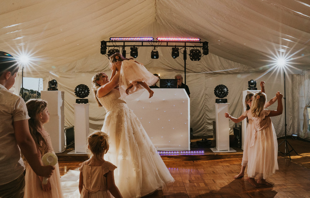 hampshire-selsey-london-wedding-photography-videography-marquee-church-63